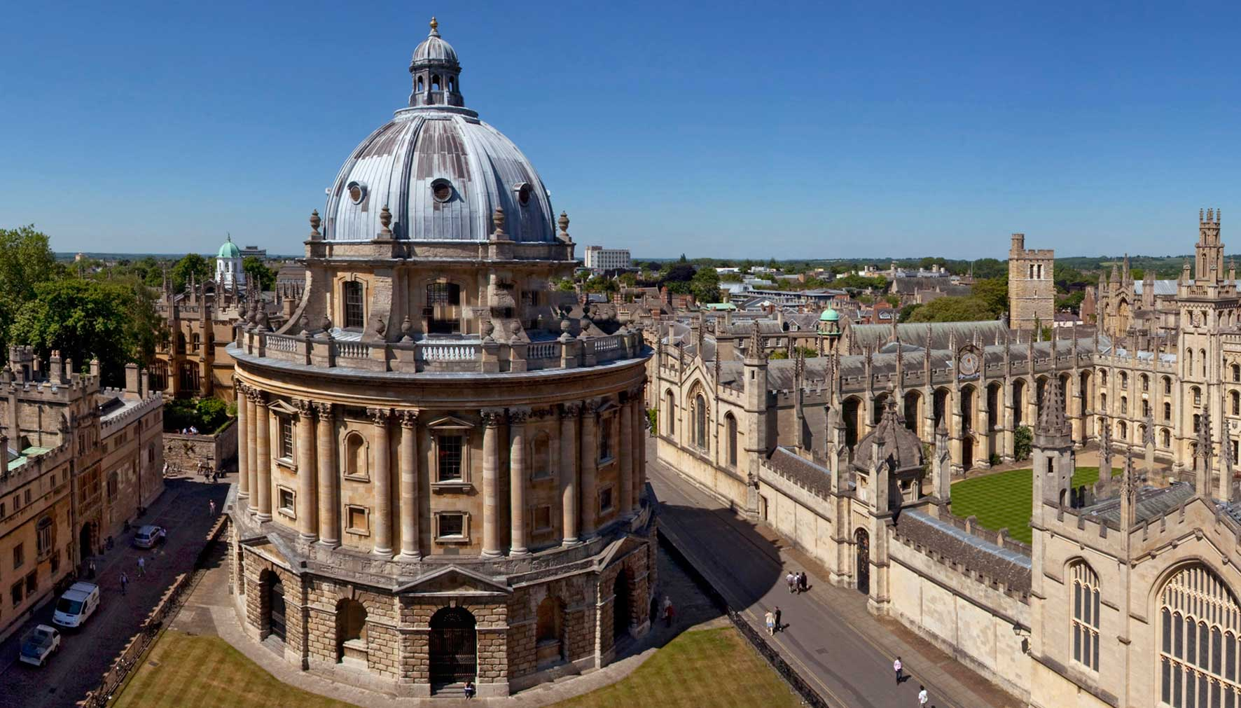 The City of Oxford, walking tours